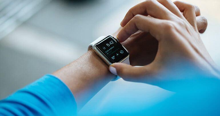płatność smartwatchem jak todziała
