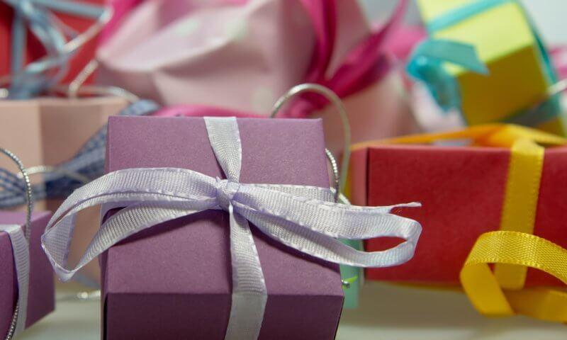 jaki prezent na dzień kobiet wybrać?
