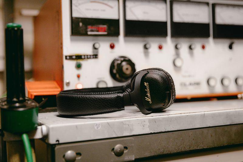 Słuchawki Marshall Mid AND z aktywną redukcją szumów
