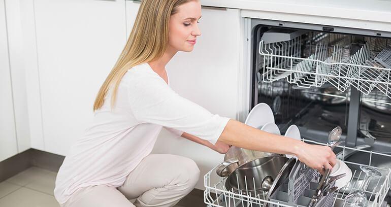 Ekonomiczna zmywarka w Twoim domu - poradnik